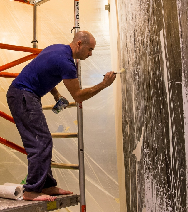 Creating thin washes on the wall
