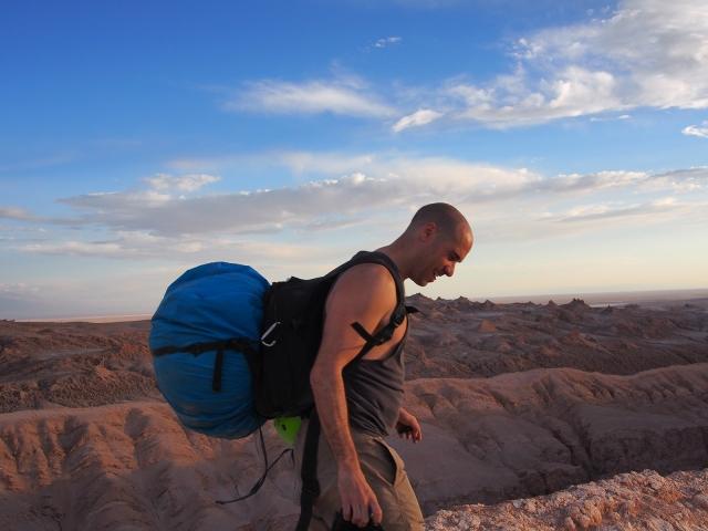 Hiking through the Atacama desert with all my gear